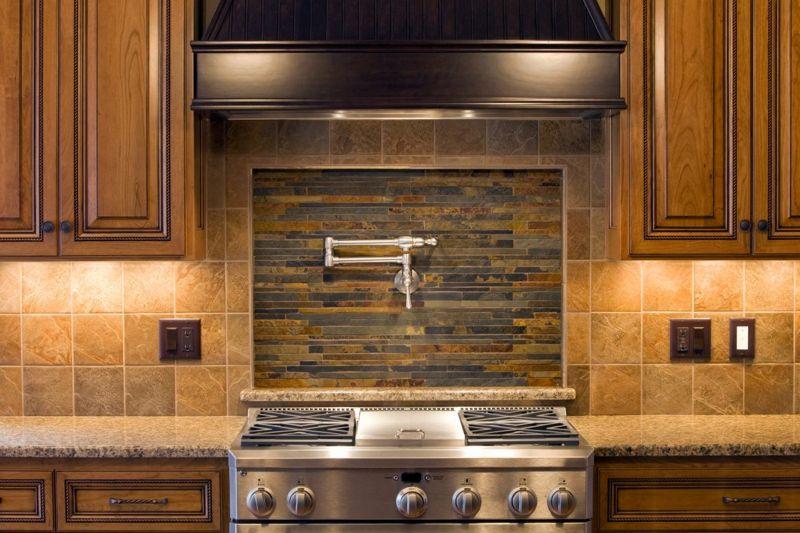 Two material kitchen backsplash