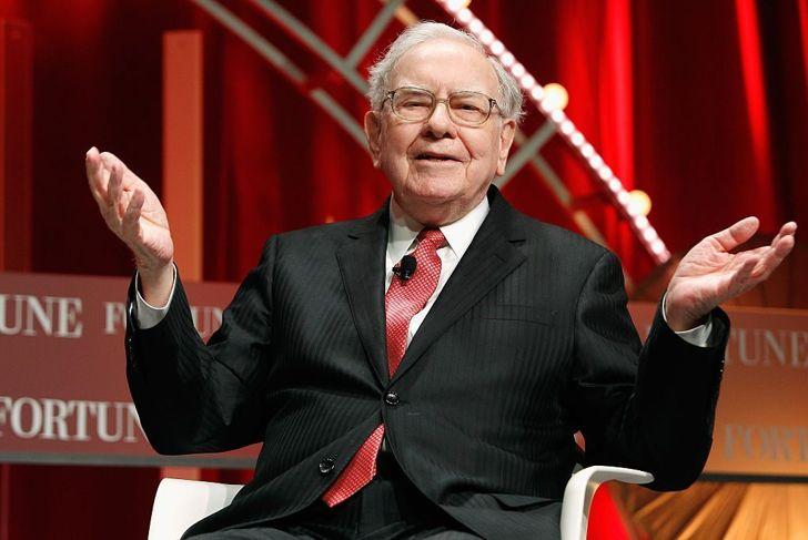 Warren Buffet wealthiest people