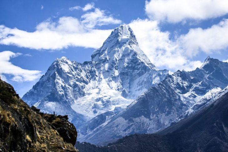 Mountains everest