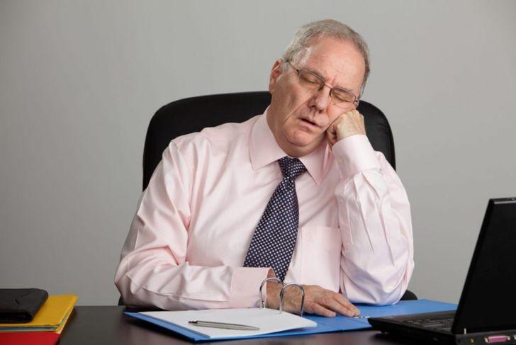 symptoms of snore