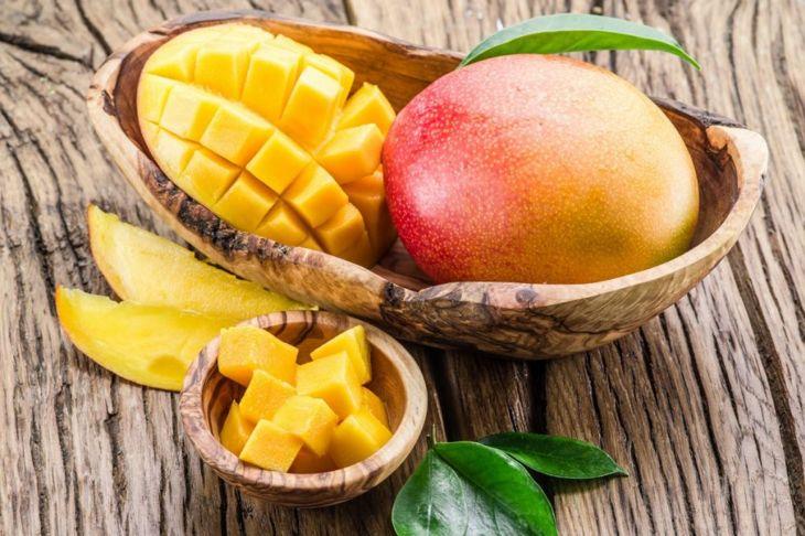 cubes mangoes