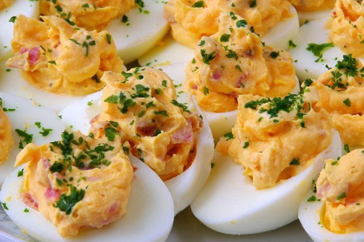 sriracha egg recipes