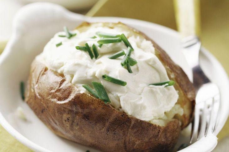 sour cream baked potato