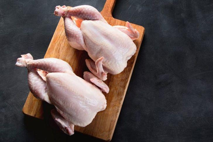prepare whole chicken baking