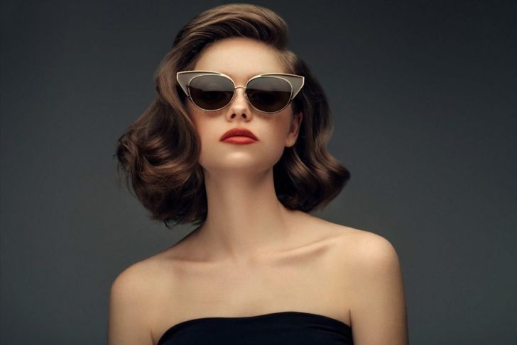 shoulder length hair Hollywood curls