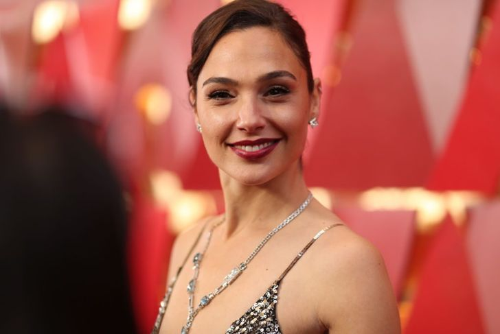 Gal Gdot attends the 90th Annual Academy Awards at Hollywood & Highland Center on March 4, 2018 in Hollywood, California