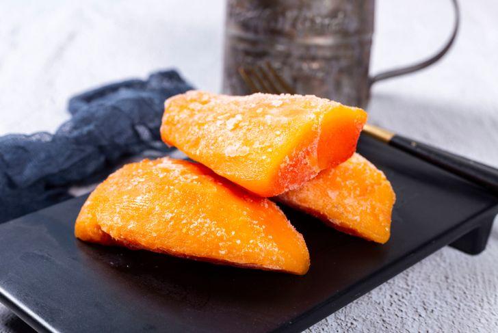 Frozen fruit papaya