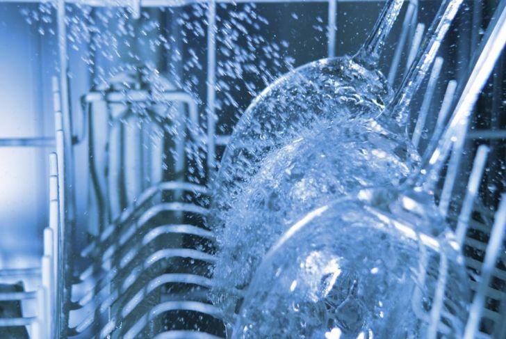 vinegar rinse dishwasher clean