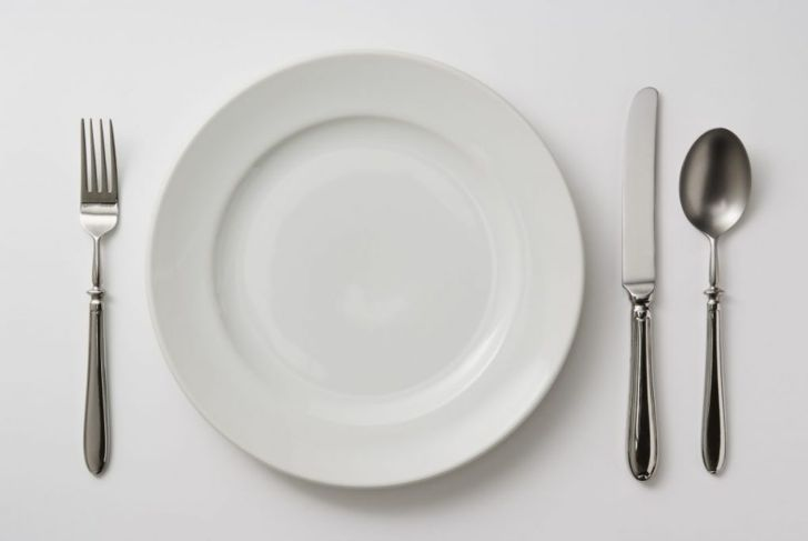 forks knife spoon setting