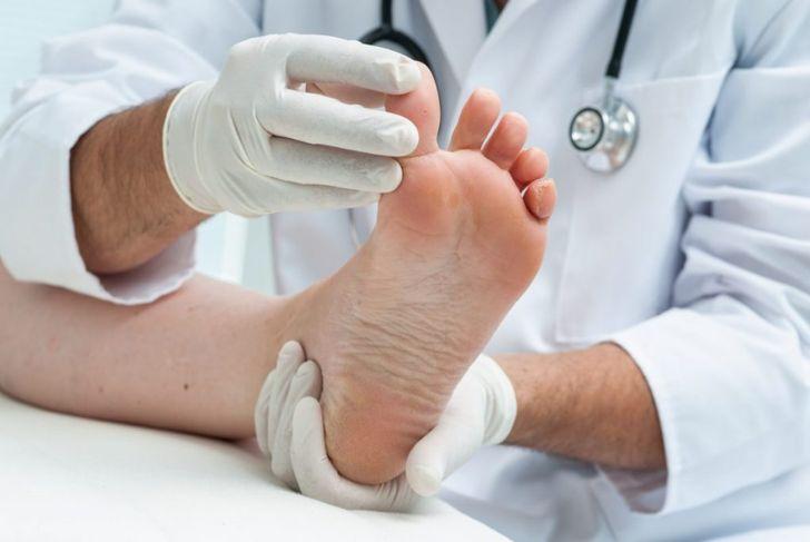 doctor lift toenail oral antibiotics