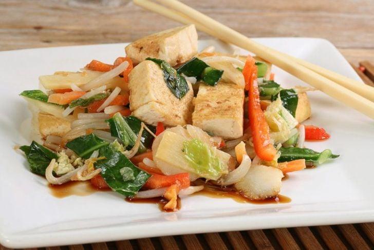 tofu stir fry dish