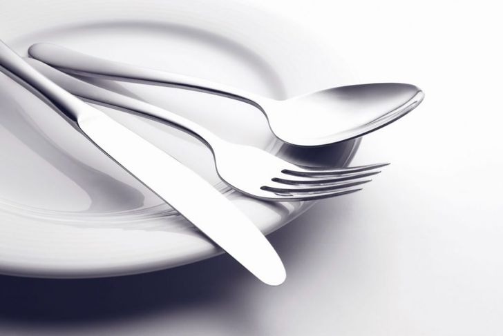 flatware placemat plate