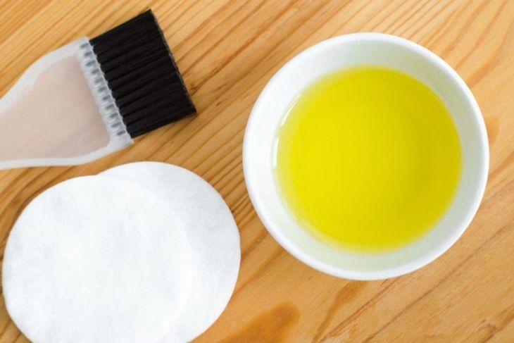 olive oil baby oil