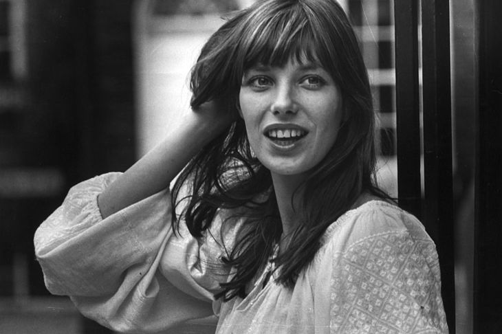 British singer, actress and model Jane Birkin, best known for 'Je t'Aime', her duet with partner Serge Gainsbourg.