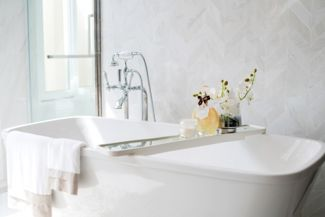 Reasons Why You Should Use Wallpaper in Your Bathroom