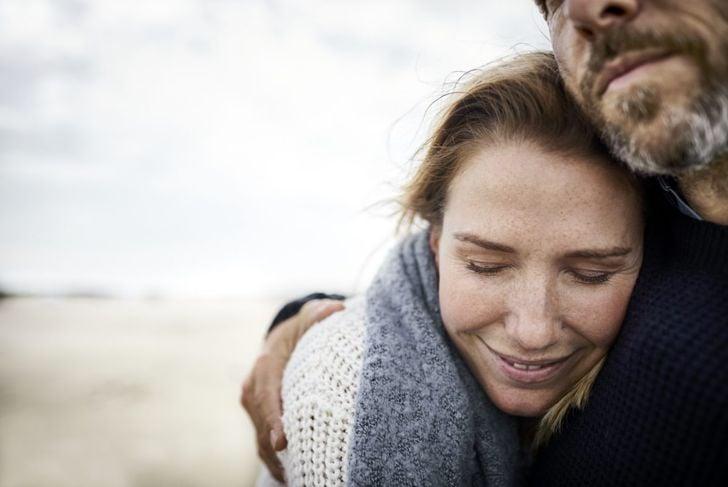 couple hugging kind loyal cancer