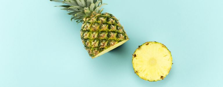 How to Pick and Use a Pineapple