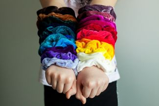 Scrunchie Hairstyles for Every Occasion