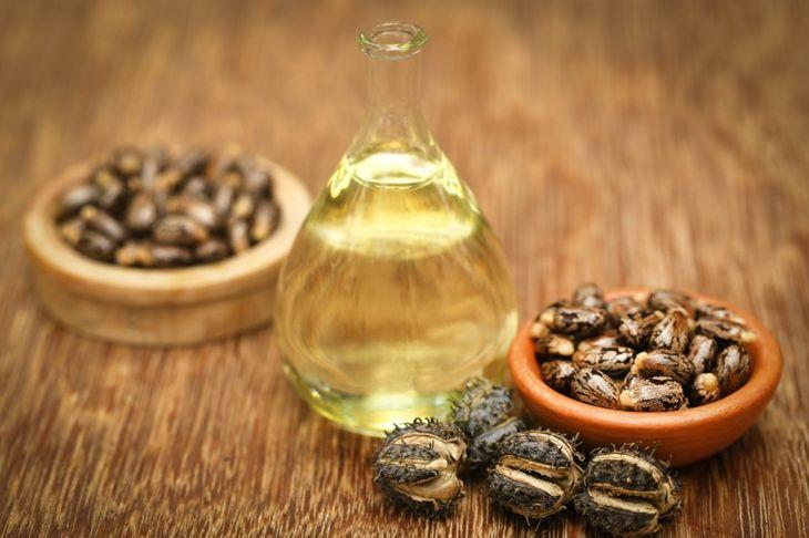 castor oil sticky good lather
