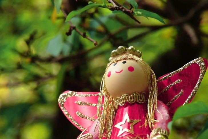 Hide an angel instead of an elf