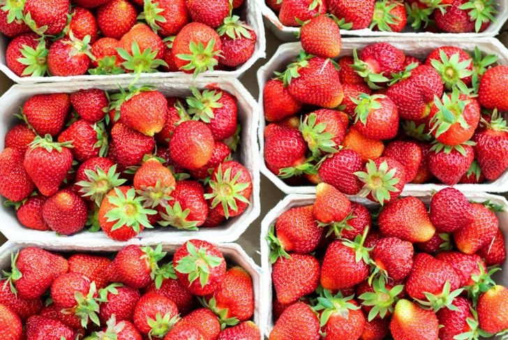 strawberries storage pots containers