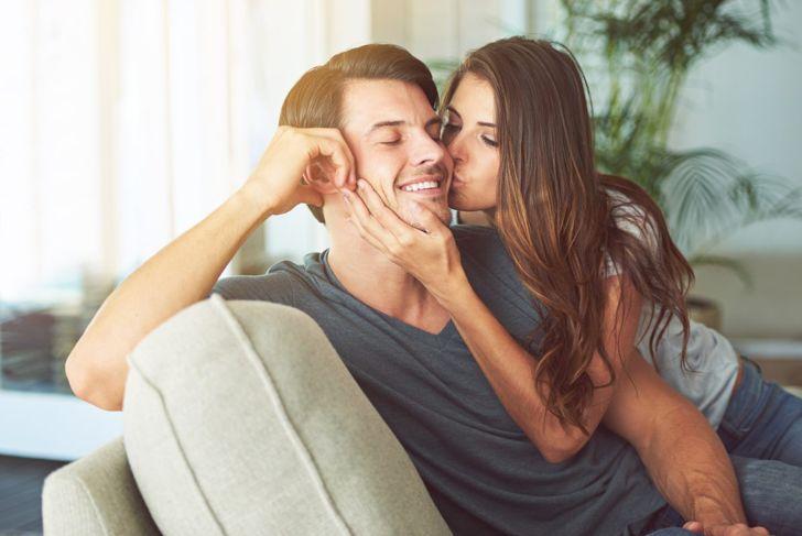 happy kissing couple