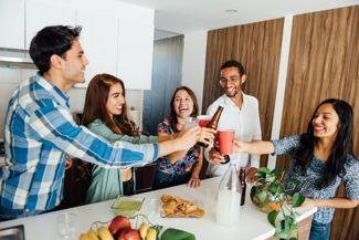 Choosing the Perfect Housewarming Gift