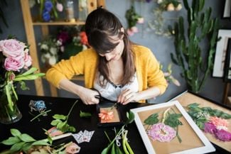 Quick Flower-Pressing Methods for the Hurried Hobbyist