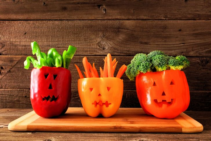 Halloween vegetable platter