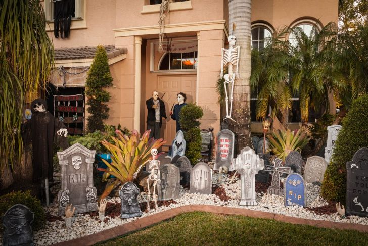 Grave Halloween Decoration