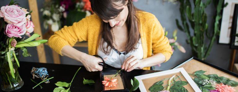 Quick Flower-Pressing Methods for the Hurried Hobbyist