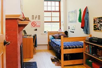 10 Easy Ways to Make Your Dorm Room Feel Like Home