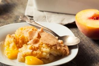How to Make Old Fashioned Peach Cobbler