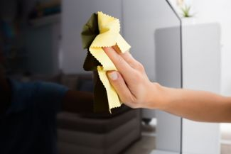 Top Tips On How To Always Keep Your TV Screen Clean
