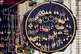 Anyone Can Make These DIY Earring Holders