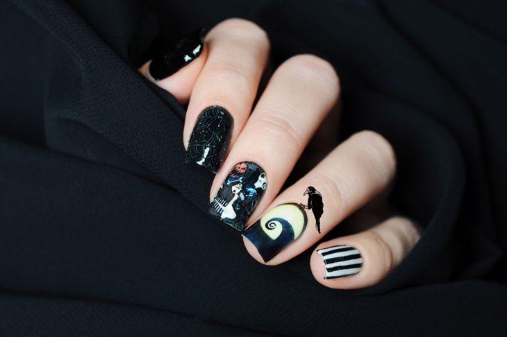 halloween nails nightmare before christmas monochrome