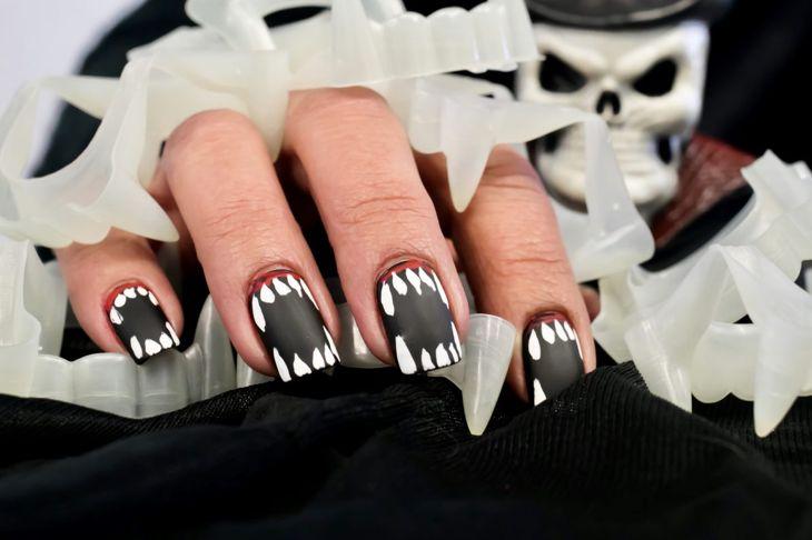 halloween nails vampire teeth scary