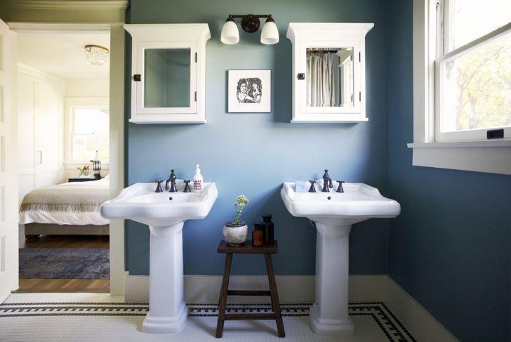 Bathroom with blue walls