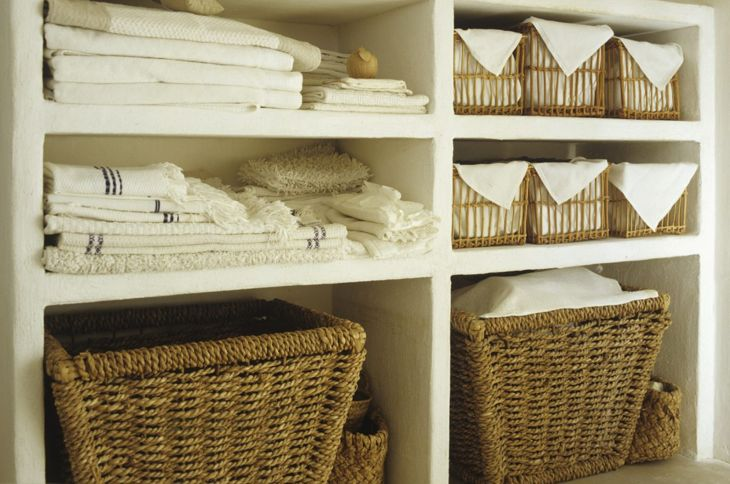 Storage baskets in a bathroom