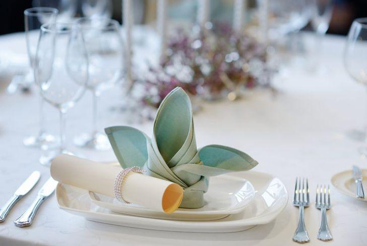 A fancy crown napkin fold