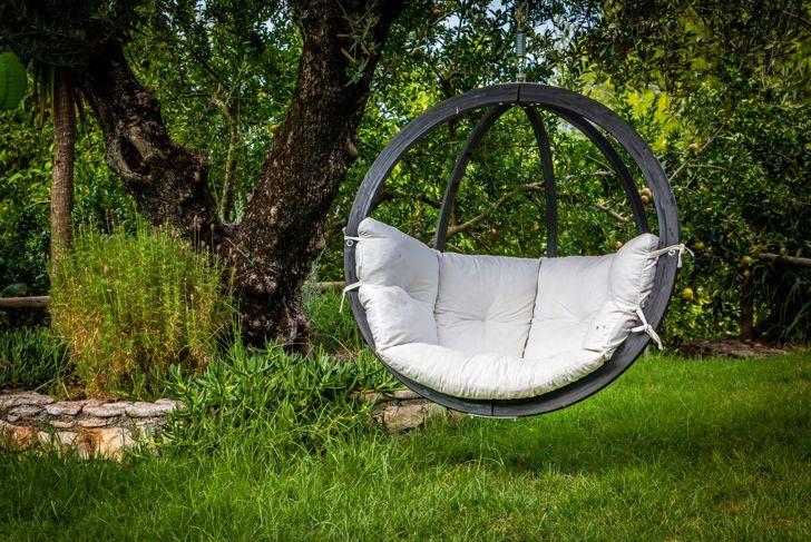 simple brace swing chair