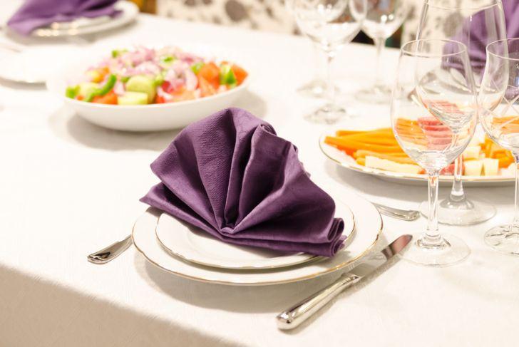 peacock fan napkin fold