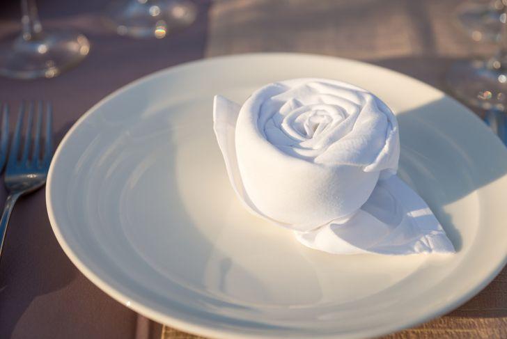 napkin folded like a flower