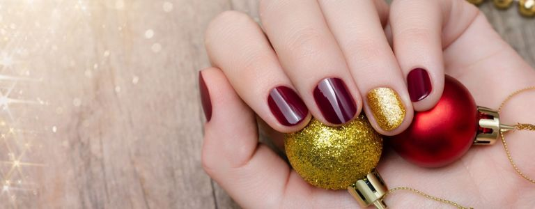 Get Festive with Christmas Nail Art
