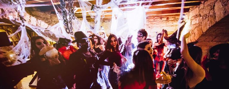 Red Carpet-Worthy Halloween Party Ideas