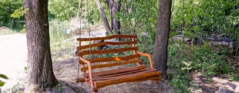 Inspiration for DIY Outdoor Swing Chairs