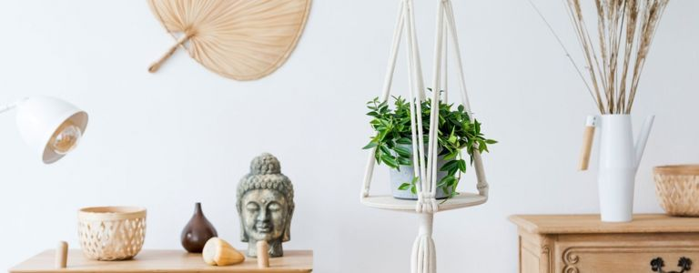 Quick and Easy DIY Plant Stand Ideas