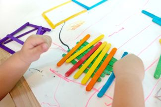 Popsicle Sticks Bring Easy Crafting Fun to Your Fingertips