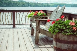 Deck Railing Inspiration for Your Outdoor Oasis