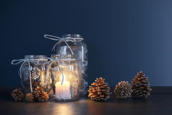 Pine cone, mason jar, glass decor